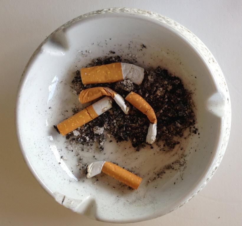 wann kann ein vermieter einen rauchenden mieter k ndigen k nftig auch rauchverbot in den. Black Bedroom Furniture Sets. Home Design Ideas
