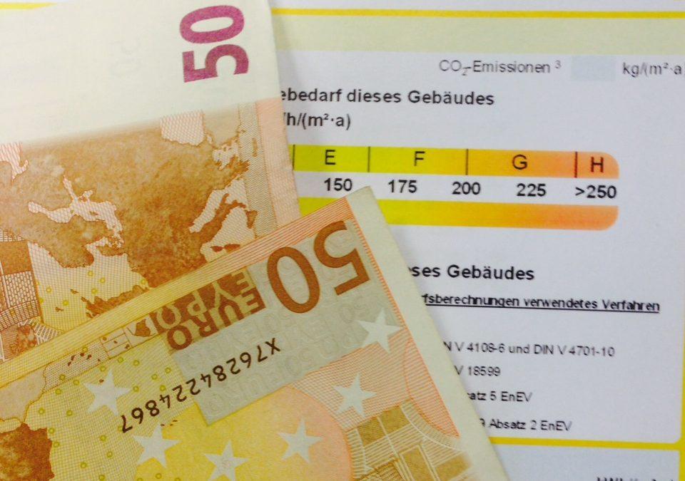 Makler – Verkäufer – Vermieter – Verpächter – Ab dem 1. Mai gilt EnEV 2014 – Neuregelung zum Energieausweis beachten!
